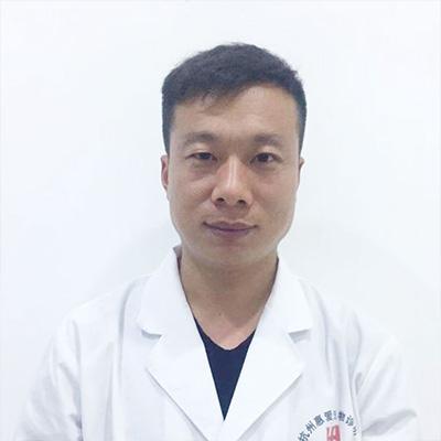 黄利红宠物医生